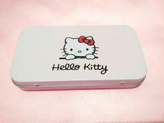 Hello kitty stuff🌼😻💄