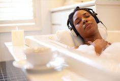 relaxing-in-bubble-bath