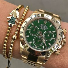 Our holiday #wristgame DAYTONARef 116508 305-377-3335 info@diamondclubmiami.com www.diamomdclubmiam.com #DayDate #YellowGold #daytona #rolex #patek #luxury #millionaire #billionaire #sexy #watches #fashion #style #lifestyle #success #business #miami #motivation #money #luxurylife #inspiredaily #hardwork #fitness #beauty #investment #entrepreneur #rolexwrist #rolexero by @rolexshow_israel