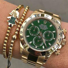 Our holiday #wristgame DAYTONARef 116508 305-377-3335 info@diamondclubmiami.com www.diamomdclubmiam.com #DayDate #YellowGold #daytona #rolex #patek #luxury #millionaire #billionaire #sexy #watches #fashion #style #lifestyle #success #business #miami #motivation #money #luxurylife #inspiredaily #hardwork #fitness #beauty #investment #entrepreneur #rolexwrist #rolexero by @rolexshow_israel