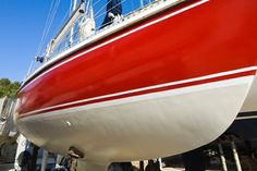 Learn how to paint a boat hull so that you can spice or spruce up the appearance… Wooden Boat Building, Boat Building Plans, Boat Plans, Make A Boat, Build Your Own Boat, Sailboat Restoration, Sailboat Interior, Sailboat Living, Boat Kits