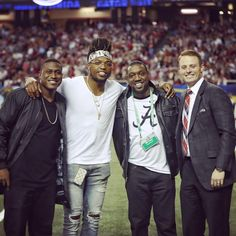 former alabama football players blake sims, derrick henry, antonio langham and greg mcelroy at 2016 sec championship game Roll Tide Football, Sec Football, Crimson Tide Football, Best Football Team, Alabama Crimson Tide, Football Players, Alabama College Football, Notre Dame Football, American Football