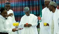 Photo: Pres Buhari, Osinbajo, Saraki, CJN Mahmud sip fruit juice to celebrate Independence day | MarylinMag