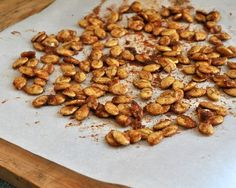 Spicy Sweet Pumpkin Seeds ♥ AVeggieVenture.com, here's what to do with those pumpkin seeds from fall's favorite pumpkins! WW2. Low Carb. Vegan.