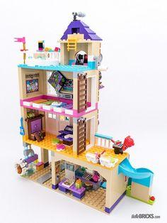 Construction Toys of the Year House 2, Lego House, Lego Design, Lego Duplo, Lego Ninjago, Legos, Friendship House, Lego Friends Sets, Lego Challenge