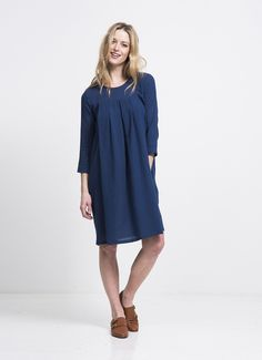 au lait   Premium Nursing and Breastfeeding Wear   The Cotton Pleat Front Dress in Blue Ink   www.aulaitshop.com Maternity Styles, Maternity Fashion, Pregnant And Breastfeeding, Nursing Wear, Get Dressed, Sewing, Stylish, Casual, How To Wear