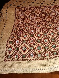 Cross Stitch Charts, Cross Stitch Embroidery, Cross Stitch Patterns, Hand Embroidery Videos, Embroidery Patterns, Palestinian Embroidery, Bargello, Needlepoint, Needlework
