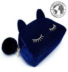 Cosmetiquero Travelcat Azul. Medidas: 19 x 12 x 5 cm.