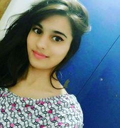 Beautiful Blonde Girl, Beautiful Girl Indian, Beautiful Girl Image, Beautiful Indian Actress, Stylish Girl Images, Stylish Girl Pic, Girl Number For Friendship, Girls Phone Numbers, Cute Girl Photo