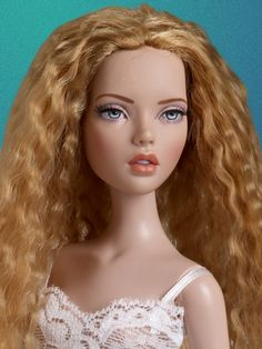 Changing Mood - Penelope#1 | Tonner Doll Company a basic look is great to start with
