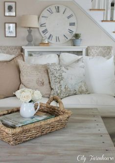 Country decorating ideas on a budget city farmhouse neutral living room easy french country decor ideas Country Farmhouse Decor, French Country Design, Country Home Decor, French Country Living Room, Living Decor, French Country Rug, Home Decor, Room Decor, Country House Decor