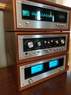 Marantz 104, 3200, 140 solid state amplifier