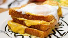Grilled cheese sandwich street food americano, panini americani