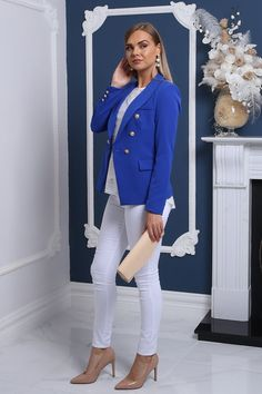 I just love this chic cobalt blue double breasted blazer. This versatile fashion jacket is easy to dress up for work attire or the office and dress down for a more casual street style look. It is a super cute clothing piece in my wardrobe that's a must have. Get this cute long sleeve blazer in the Virgo Boutique Store! Check out all their other gorgeous luxury women's apparel while you are there. #blazer #jacket #fashion #womensfashion #outfitideas Casual Street Style, Street Style Looks, Smart Casual Blazer, Simple Outfits, Casual Outfits, Baby Shower Outfit For Guest, Autumn Clothes, Double Breasted Blazer, Occasion Wear