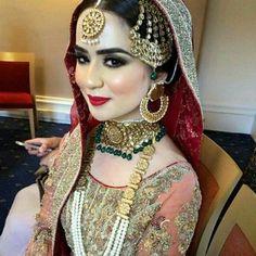 #bride#bridalfashion#stylist#asianbride#asianwedding#photoshoot#photography#style#model#inspiration#india#jwellery#pakistanibride#follow#classy_bridalmakeover http://gelinshop.com/ipost/1522310834239804868/?code=BUgVaNgl5XE