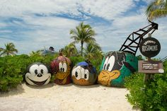 What are the differences between the Disney Dream and Fantasy?