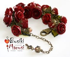 "Beautiful red rose bracelet out of polymer clay! polymerclayfimo: Изделие - браслет с розами ""La promenade à Paris""."
