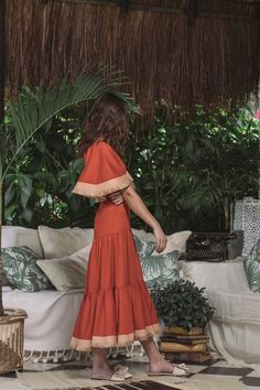 Johanna Ortiz Spring 2019 Ready-to-Wear Collection - Vogue Look Fashion, Fashion News, Spring Fashion, High Fashion, Fashion Outfits, Fashion Women, Cheap Fashion, Stylish Outfits, Vintage Outfits