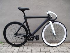 Brakeless 725 Leader Bike
