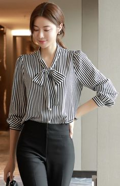 StyleOnme_Pearl Button Pinstripe Ribbon Blouse Source by Sleeves Designs For Dresses, Dress Neck Designs, Blouse Designs, Stylish Outfits, Fashion Outfits, Women's Fashion, Fashion Blouses, Work Outfits, Summer Outfits