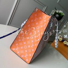 Louis Vuitton Monogram Canvas Onthego GM Rouge aptly named Onthego tote bag goes shopping, to work or off for the weekend. Neverfull Damier, Louis Vuitton Neverfull, Create Online Store, Cute Backpacks, Vintage Purses, Monogram Canvas, Go Shopping, Louis Vuitton Monogram, Sunglasses Case