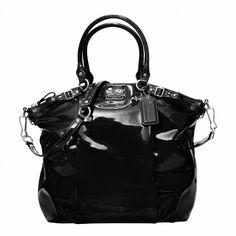 black patent leather Madison lindsey satchel coach bag.. My new purse :o)