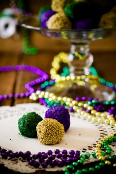 Hurricane Rum Balls Are a Must at Your Mardi Gras Party by Cupcake Project. These hurricane rum balls are not like the rum balls that you find on Grandma's Christmas dessert spread. They are meant to be taken with you on Mardi Gras Desserts, Mardi Gras Decorations, Mardi Gras Appetizers, Mardi Gras Drinks, Mardi Gras Float, Passion Fruit Syrup, Madi Gras, Rum Balls, Mardi Gras Parade
