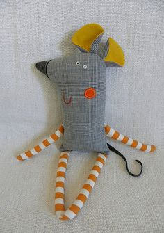 Sewing Toys, Baby Sewing, Fabric Toys, Fabric Crafts, Easy Sewing Projects, Sewing Crafts, Ugly Dolls, Stuffed Animal Patterns, Stuffed Animals