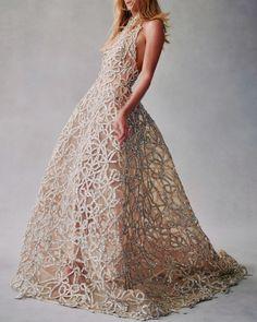 Oscar de la Renta   Fall/Winter 2021 #fashion #moda #dress #vestido #gown