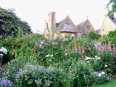 憧れのヒドコート・マナー・ガーデン Britain Park - 英国政府観光庁 -