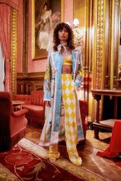 Street Fashion, Runway Fashion, High Fashion, Fashion Beauty, Fashion Outfits, Fashion Trends, Fashion Show Collection, Mode Inspiration, Casablanca
