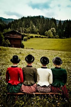 A quartet of stylish dirndl sporting lasses. #German #Austrian #dirndl #tracht #trachten