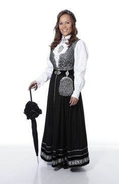 Folk Fashion, Ethnic Fashion, Norway, Must Haves, That Look, Culture, Costumes, Folk Style, Inspiration