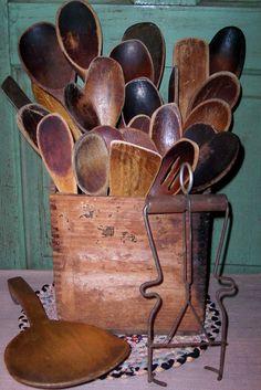 26 Old Vtg Worn Primitive Wood Kitchen Spoons Stirrers Paddles Wooden Box Lot | eBay