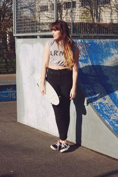 FringeandFrange is a SK8R GAL for UO