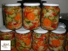 Csalamádé Hozzávalók: 3 kg kg kg kg… Hungarian Recipes, No Bake Cake, Preserves, Pickles, Cucumber, Mason Jars, Lime, Food And Drink, Stuffed Peppers