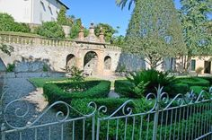 Park - Lucca Historic villa north hills. Tuscany  for sale. Real estate Italy. www.lucaevillas.it