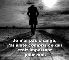 ~ citation de français ~ Plus - brenda. Sad Quotes, Life Quotes, Inspirational Quotes, Positive Attitude, Positive Thoughts, Quote Citation, French Quotes, Love Hurts, Some Words