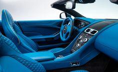Luxo em seu interior Aston martin