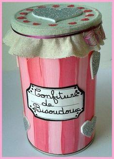 82_Fête des mères_Confiture de bisoudoux fin (cadré) Cadeau Parents, Diy Pins, Jar Gifts, Craft Activities For Kids, Craft Ideas, Mother And Father, Gifts For Mum, Homemade Gifts, Diy For Kids