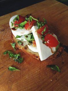 Home-grown caprese bruschetta / fire & knives