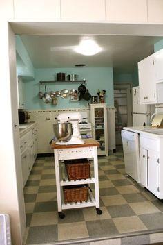 1940's kitchen facelift.