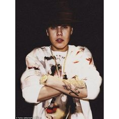 The complete guide to Justin Bieber's 20 tattoos ❤ liked on Polyvore featuring justin bieber