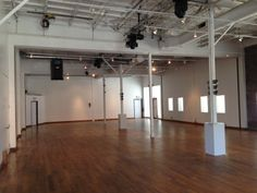 main room / glass factory - lots of space to use