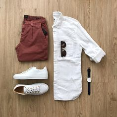 Are you wondering how to wear white sneakers for men or how to look sharp in simple jeans and casual shirt outfits? Then this 30 coolest casual street style looks is just the perfect guide you need to help you look AMAZING! Mode Outfits, Casual Outfits, Men Casual, Fashion Outfits, Smart Casual, Fashion Clothes, Fashion Ideas, White Casual, Casual Shoes