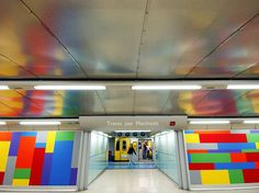 It's not all litter and rats. Sometimes, paintings, graffiti, and sculptures in underground metro stations are beautiful.
