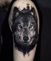 TATTOOS INCREÍBLES Tenemos los mejores tattoos y #tatuajes en nuestra página web tatuajes.tattoo entra a ver estas ideas de #tattoo y todas las fotos que tenemos en la web.  Tatuaje Maorí #tatuajeMaori