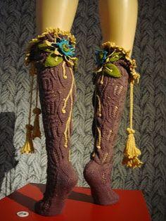 Vivienne Westwood: Flower power stockings  Yarnlot