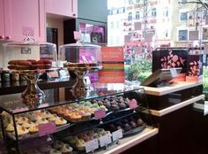 Discover kid friendly homes away from home. Bakery Cafe, Cafe Restaurant, American Cupcakes, Mississippi Mud Pie, Hummingbird Bakery, New York Style Cheesecake, Recipe For Success, Cupcake Shops, Home Baking