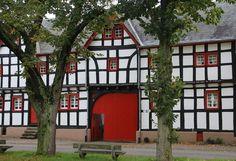 the red gate http://fc-foto.de/36997972